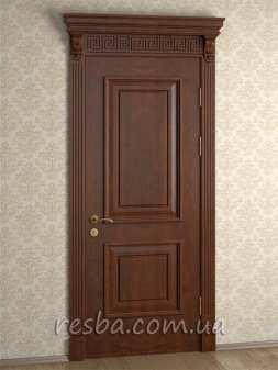 Межкомнатная или входная деревянная дверь D3-05. Возможно исполнение глухое или со стеклом. В стоимость входит дверное полотно 800х2000мм. из массива ясеня, дверная лутка шириной 100мм., наличники на одну сторону.