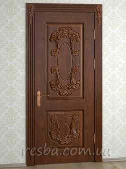Межкомнатная или входная деревянная дверь D3-33. Возможно исполнение глухое или со стеклом. В стоимость входит дверное полотно 800х2000мм. из массива ясеня, дверная лутка шириной 100мм., наличники на одну сторону.